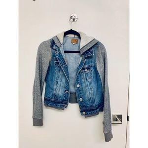 American Eagle Jean Jacket w/ Sweater Sleeves